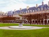 Retro look Place des Vosges Paris — Stock Photo