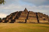 Ancient Buddhist temple, the Borobodur — Stock Photo