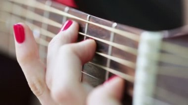 Playing guitar — Stock Video