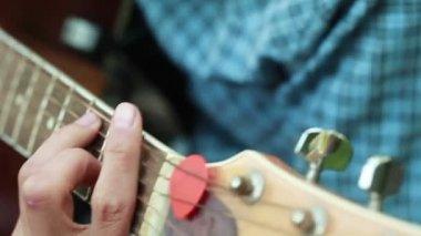 Fingers on frets — Stock Video
