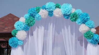 Decorated wedding arch — Stock Video