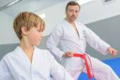 Young boy in a martial arts lesson — Fotografia Stock