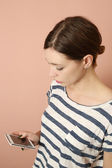 Young woman on cell phone — Stock Photo