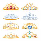 Set of beautyful golden tiaras with gemstones. — Stock Vector