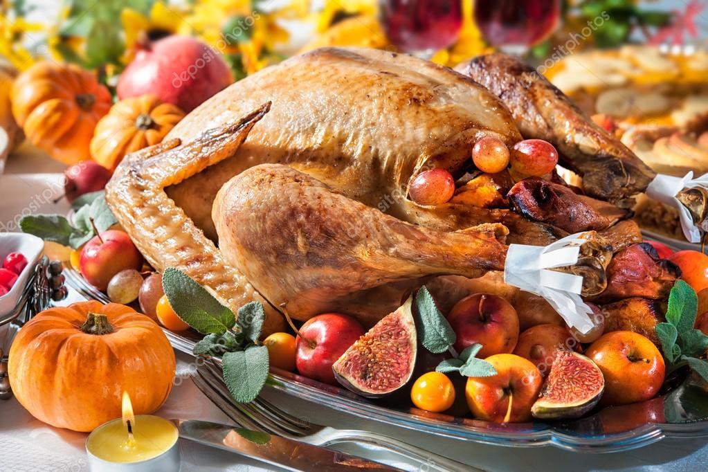 感恩节火鸡图片_感恩节的火鸡 — 图库照片#58259197