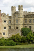 Towers at Leeds castle, Maidstone, England — Stock Photo