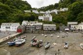 View of  Clovelly from harbour seawall, Devon — Stock Photo
