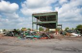 Demolition of old industrial site — Stock Photo