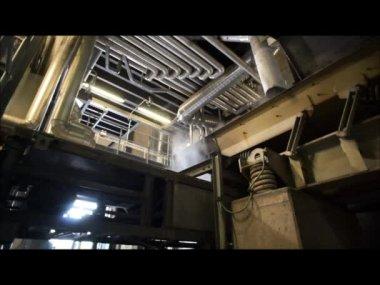 Working conveyor at power plant — Vídeo de Stock