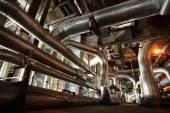 工業地帯や鋼管路、バルブ、ポンプ — ストック写真