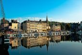 Honfleur harbour — Stock Photo