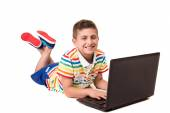 Kid using a computer — Stock Photo