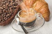 ガラスのカップにコーヒー — ストック写真