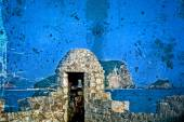 Old photos wit fortress of the old town of Budva, Montenegro — Foto de Stock