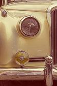 Vintage stil på en gammal lyxbil — Stockfoto
