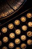 Vertical Closeup Typewriter — Stock Photo