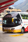 Bus Terminal in Banos, Ecuador — Stock Photo