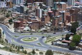 Roundabout in La Paz, Bolivia — Stock Photo