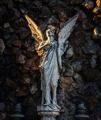 Angel statue on Montjuic Cemetery — Stockfoto