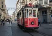 Taksim Tunel Nostalgia Tram in Istanbul — Stock Photo