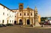 Basilica of St. Bartholomew on the Island in Rome, Italy. — Stock Photo