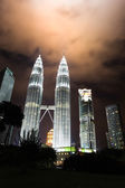 KUALA LUMPUR, MALAYSIA - JANUARY 14: Nightscape of Petronas Twin Towers — Stok fotoğraf