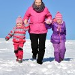 Mother and daughters nice winter scene — Stock Photo #65008297