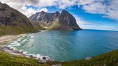 Paradise Kvalvika beach on Lofoten islands in Norway — Stock Photo