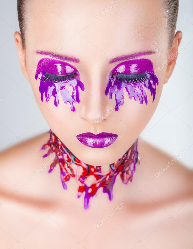 Фиолетовая косметика