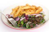 Albanian liver meal with fork — Zdjęcie stockowe