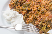 Mince and spinach with yogurt — Stock Photo