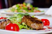 Gourmet Main Course - Grilled Tender Juicy Meat — Stock Photo