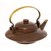 Dark brown teapot isolated on white background — Stock Photo