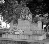 Statue commémorative du grand musicien brahms — Photo
