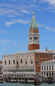 Lagoon of Venice with the bell tower of Saint Mark and San Zacca — Foto de Stock