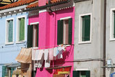 Colorful houses on the island of BURANO near Venice — Stock Photo