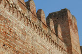 Detail of walls for the protection of the medieval city made wit — Foto Stock