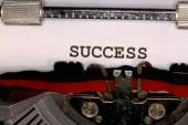 Success written with black ink with the typewriter — Stock fotografie