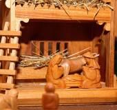 Вертеп с Святое семейство в лесу — Стоковое фото