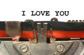 Written typewriter I LOVE YOU — Stock Photo