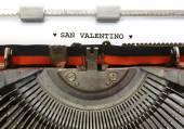 Italian written typewriter Saint Valentine with hearts — Stock Photo