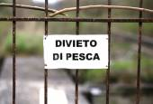 Prohibition of fishing in an area in Italy — Stock Photo