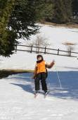 Inexperienced boy trying the cross-country skiing  and then he f — Stock Photo