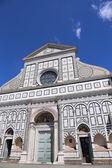 Флоренция Италия оформлен фасад древней церкви, под названием Санта М — Стоковое фото