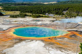 Landscape view of Grand Prismatic spring in Yellowstone NP — Stock Photo