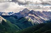 Scenic view of Rocky mountains range, Alberta, Canada — Stock Photo