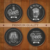 Set of chalk drawing labels with beer — Vector de stock