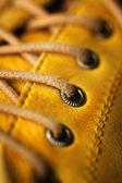 Detal żółte buty — Zdjęcie stockowe