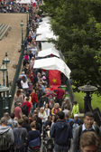 Crowd at Edinburg festival — Stock Photo