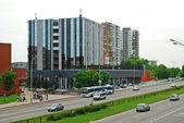 Ukmerges street and cars in Vilnius — Stockfoto